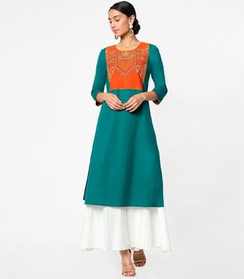 Green embroidered cotton kurtas-and-kurtis
