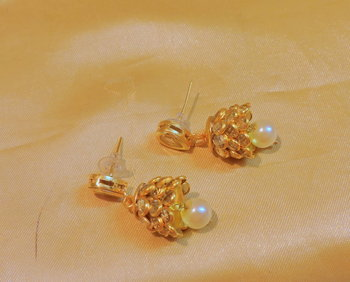 Kundan Pacchi Golden Light Weight Jhumki