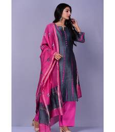 Grey And Magenta Chanderi Silk Suit Set