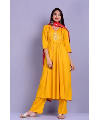 Mustard Suit with red leheriya Stole