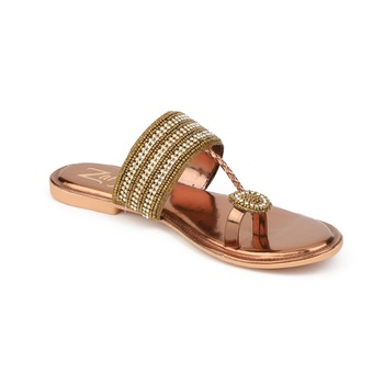 Flat ethnic footwear