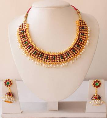 Beautiful Poothali Temple Necklace Set