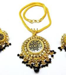 Designer Kundan Thewa set