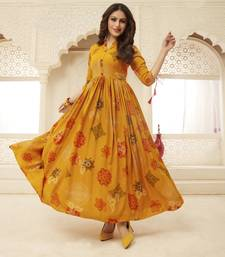 Navraj Fashion Women's Orange Floral Print Flared Gown Kurti