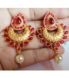 Exclusive traditional earring collection