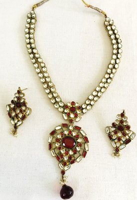 Real Kundan gold plated Maroon necklace earring set