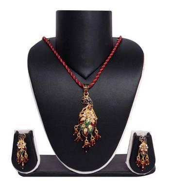 Sukkhi Creative Fashion Gold plated Pendant Set 1011V