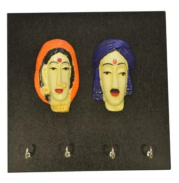 Wooden Couple Key Holder
