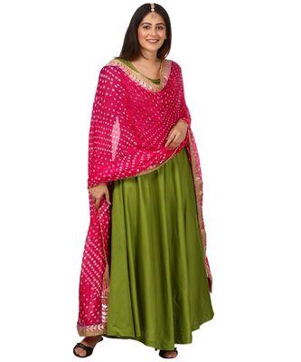 Green Floor Length Kurti With Pink Bandhani Dupatta