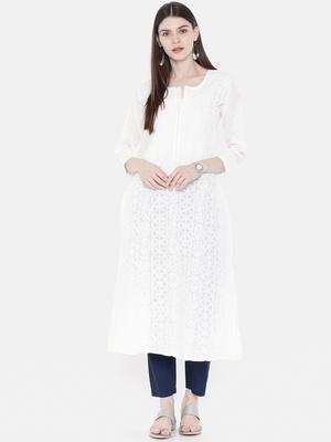 Ada Hand Embroidered White Cotton Chikankari Kurti
