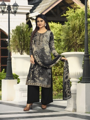 Grey embroidered crepe salwar