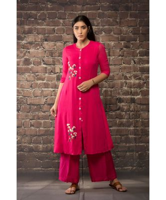 sulochana jangir fuchsia pink linen georgette kurta with geeth work embroidery paired with matching pants
