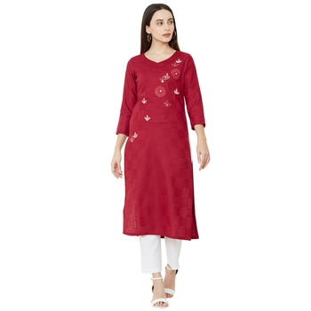magenta cotton casual kurti having floral embroidery & patch work