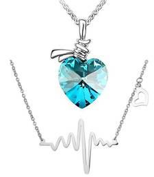 Blue crystal pendants