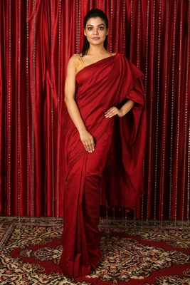 Dark red plain blended cotton saree with blouse