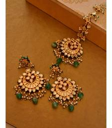 Bridal Earrings and Maang Tikka Set
