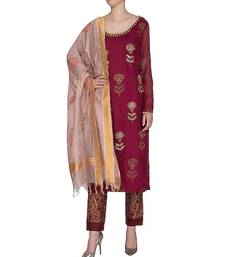 Show Shaa Barn Red SCOTTISH THISTLE KURTA SET