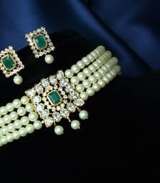 Multicolor pearl chokers