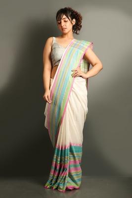 White plain organza saree with blouse