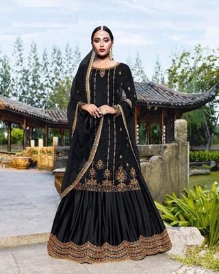 Black embroidered velvet salwar