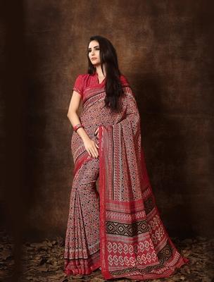Women's Multi Cotton Blend Printed Saree