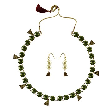 Green Stone Stud-Gold Platted Brass Necklace