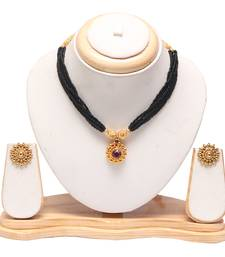 Traditional maharashtrian mangalsutra with earrings