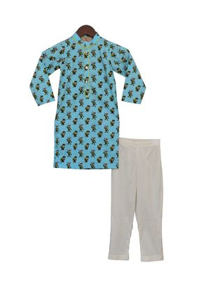 Funky Blue Print Kurta with Straight Pants