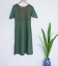 Hunter Green With Round Neck and Sleeves Till Elbows Premium Khadi Kurta