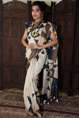 Unitex Fashion White Moonga Silk digital geometric print saree
