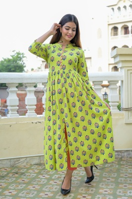 Green Printed Rayon Front Slit Flared Kurti