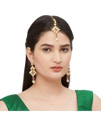 Red Kundan Maang Tikka With Earrings