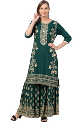 Green MRC Women Printed Kurti With Graara
