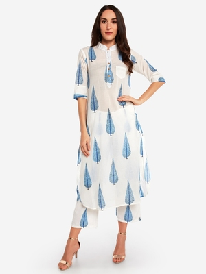 Off White Printed kurta with Trouser.