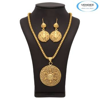 Vendee Fashion Indian Traditional Pendant Set (7192)