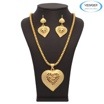 Vendee Fashion 1 gm Gold Plated Pendant Set (7199)
