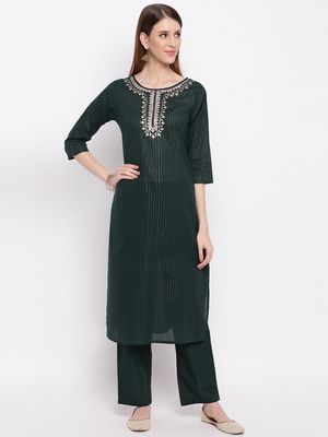Women'S Embroidered / Striped Print Straight  Dark Green Kurti With Pant Set