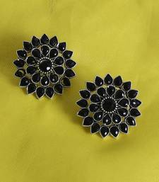 Unique Antiq Black Flower Studs