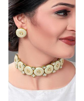 Traditioal Necklace Set With White Enamelling & Kundan