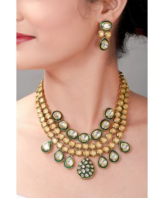 Kundan Earring & Necklace Set With Green Enamelling