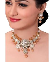 Bridal Kundan Choker Set With Orange Moonstone