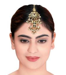 Rajwadi Maang Tikka With Kundan &  Pearls