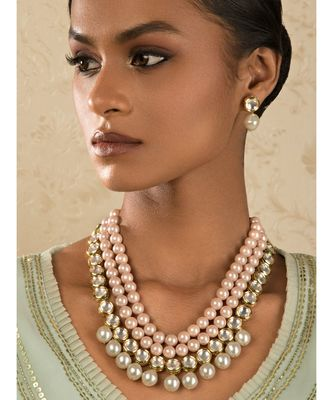 Riveting Pink And White Kundan Necklace And Earrings Set.