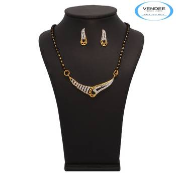 Vendee Fashion Creative Mangalsutra Pendant Set (7224)