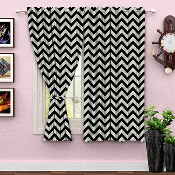 A Black & white Printed  Polyester Window Curtain