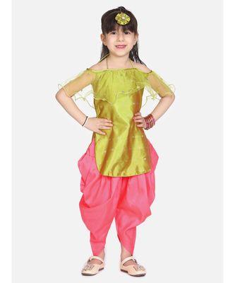 green Frilly Fusion kurti dhoti with matching Maang Tika