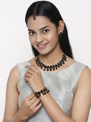 Black pearl necklace-sets