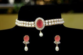 Pink pearl chokers