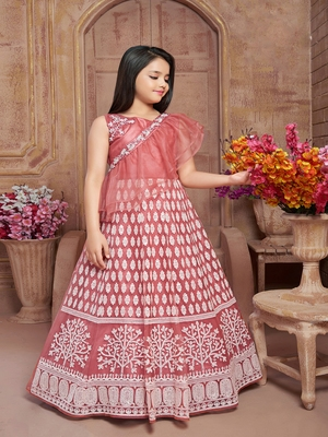 Polyster pink embroidred kids girls gown