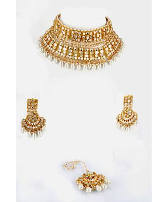 KUNDAN BRIDAL SET WITH MOTHER OF PEARLS